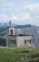 Rax-Alpok: Heukuppe(2007m) - kis kápolna