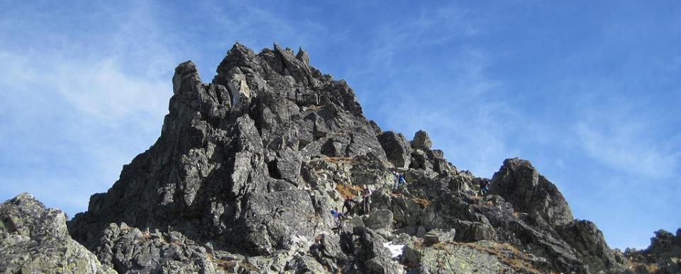 Vörös-torony-hágó (2352m) - Kis-Viszóka (2429m)