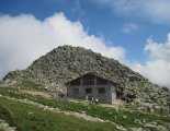 Gyömbér_csúcs gerinctúra: Chopok(2024m) csúcsa és a kőház