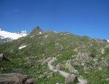 Grossvenediger (3666m) - túránk elején nagyon szép túraösvényen haladunk